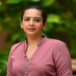 Maryah-Omar-245x245